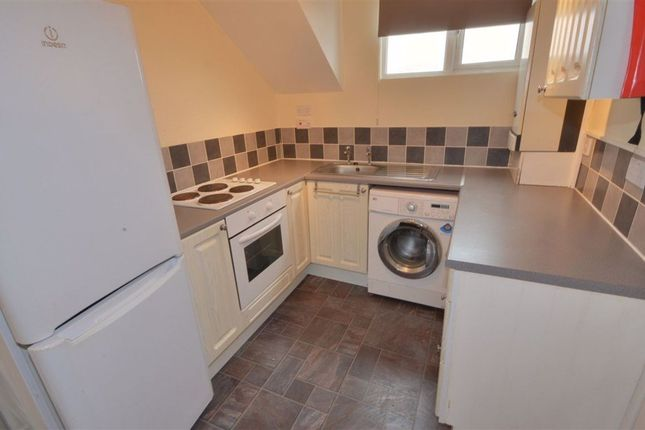 1 bed flat to rent in Station Lane, Featherstone WF7
