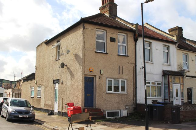 Thumbnail Maisonette for sale in Croyland Road, Edmonton