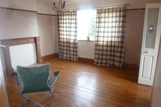 Thumbnail Maisonette for sale in Stanhope Road, Bexleyheath, Kent