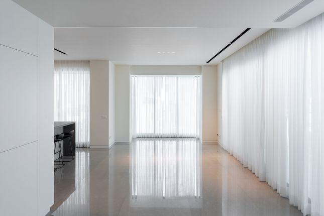Thumbnail Apartment for sale in Luxury Penthouse Duplex For Sale In Tel Aviv, Yizthak Elhanan, Israel