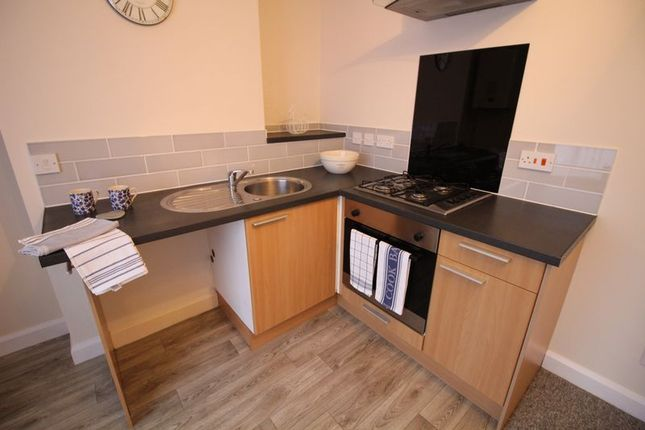 Thumbnail Flat to rent in New Queen Street, Kingswood, Bristol