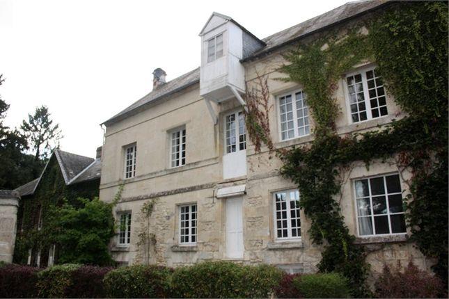 Thumbnail Property for sale in Picardie, Oise, Crepy En Valois