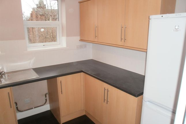 Thumbnail Property to rent in Hathersage Road, Victoria Park, Manchester