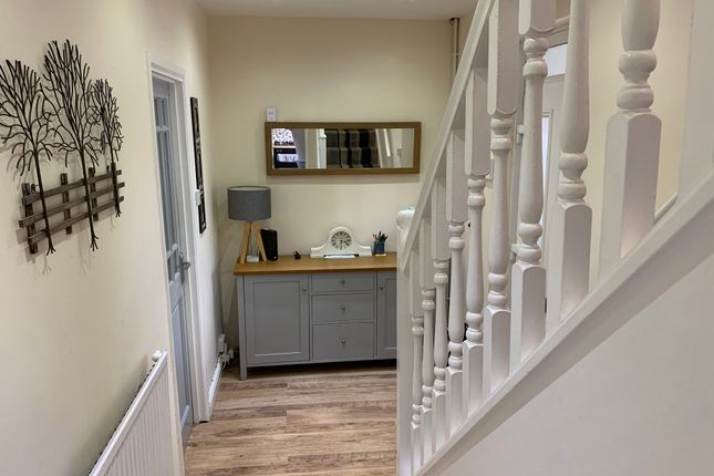 Entrance Hall of Hattern Avenue, Leicester LE4