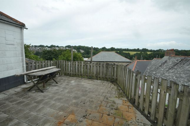 Thumbnail Maisonette to rent in Lower Market Street, Penryn