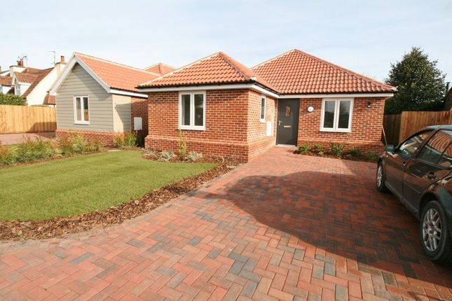 Thumbnail Detached bungalow for sale in Colchester Main Road, Alresford, Colchester