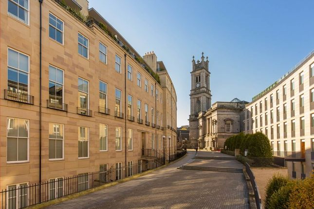 Thumbnail Flat to rent in St Vincent Place, New Town, Edinburgh