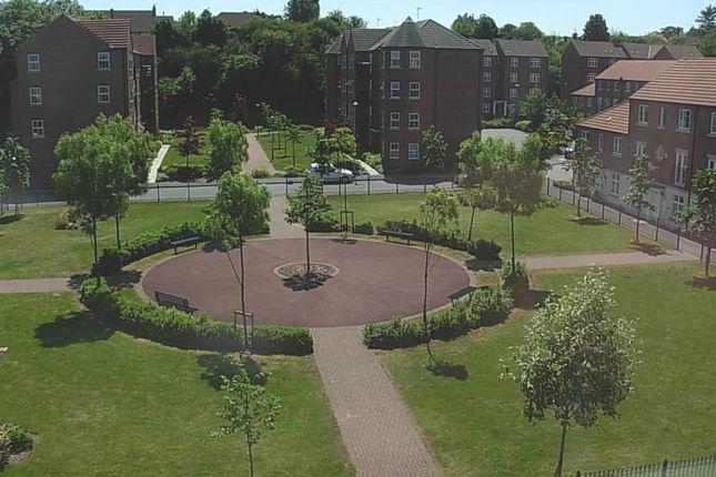 Thumbnail Flat to rent in Whitcliffe Gardens, West Bridgford, Nottingham