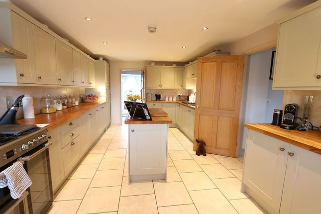 Thumbnail Detached house for sale in Ilmington Road, Blackwell, Shipston-On-Stour, Warwickshire