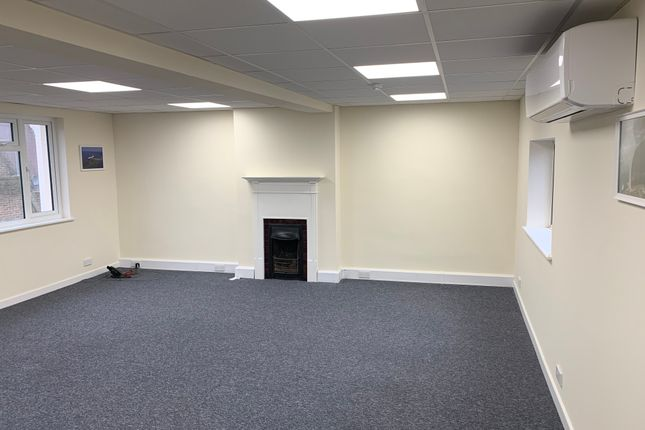Thumbnail Office to let in High Street, Maidenhead