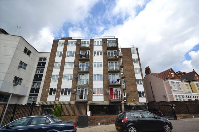Picture No. 14 of Heybridge Avenue, Streatham SW16