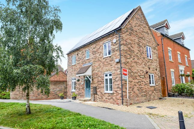 Thumbnail Detached house for sale in Imperial Way, Singleton, Ashford
