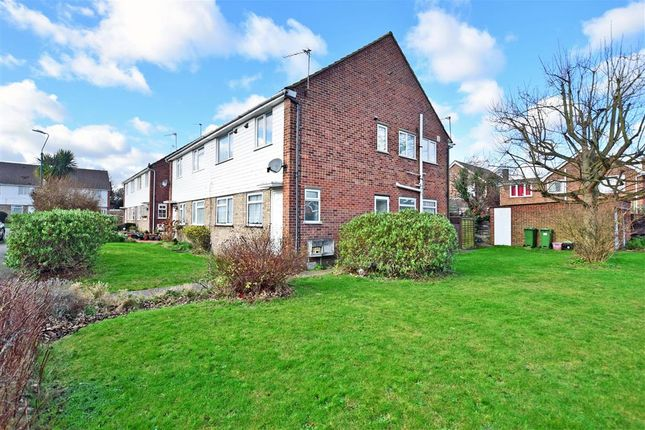 Thumbnail Maisonette for sale in Tyeshurst Close, London