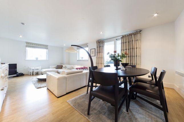 2 bed flat to rent in Bridge House, 18 St George Wharf, Nine Elms, Vauxhall, London