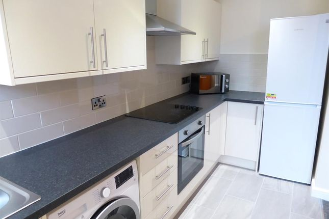 1 bed flat to rent in Greystones Road, Sheffield