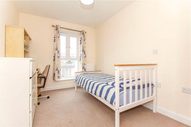 Bedroom of Englefield House, Moulsford Mews, Reading RG30