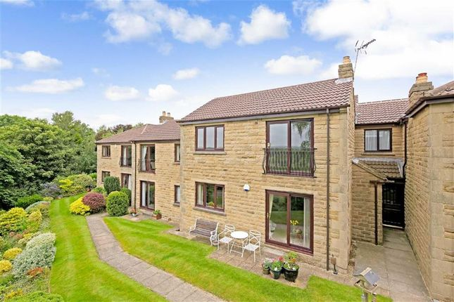 Thumbnail Flat for sale in Harlow Grange Park, Harrogate, North Yorkshire