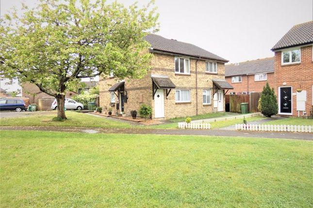 Flat to rent in Finisterre Close, Stubbington, Fareham