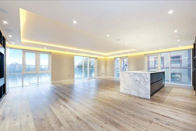Thumbnail Flat for sale in Distillery Wharf, Chancellors Road, London
