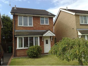 Thumbnail Detached house to rent in Melrose Drive, Crewe, Cheshire