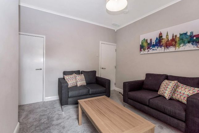 Thumbnail Terraced house to rent in Wollaton Road, Beeston, Nottingham