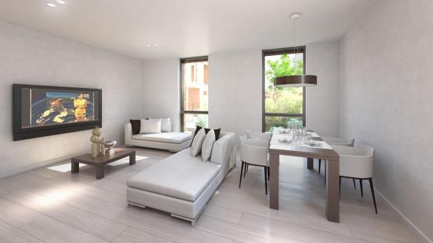 Thumbnail Property for sale in Hodford Road, Golders Green, London