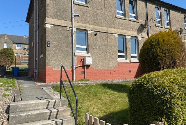 2 bed flat to rent in Burns Street, Dunfermline KY12