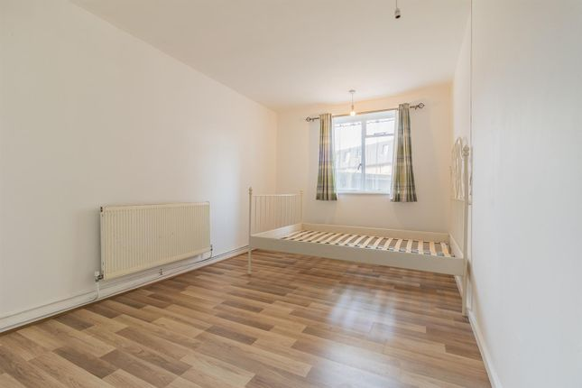 2 bed property to rent in Barking Road, London E13