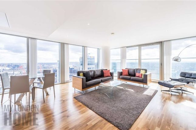 Thumbnail Flat to rent in Landmark East Tower, Canary Wharf, London