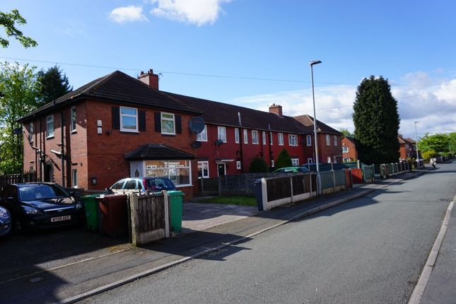 Thumbnail Flat to rent in Elsmore Road, Fallowfield