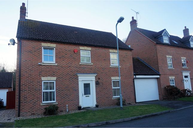 Thumbnail Detached house to rent in Parsons Road, Slough