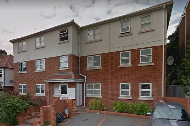 Thumbnail Flat for sale in Wanstead Lane, Ilford