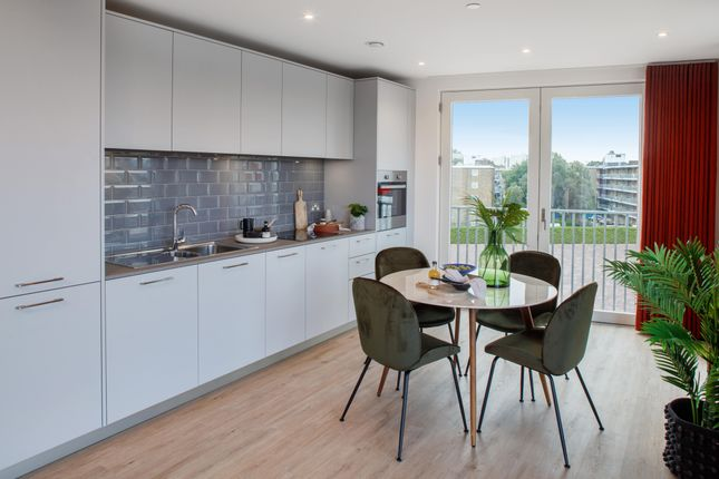 4 bed flat for sale in Evelyn Street, London SE8