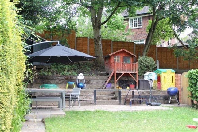 3 bed flat to rent in Frognal, London