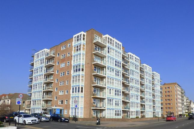Thumbnail Flat for sale in Channings, Kingsway, Hove