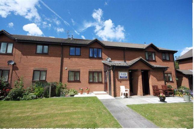 Flat for sale in Parklands, Rainford, St Helens