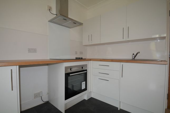 1 bed flat to rent in 28 Victoria Street, Ventnor PO38