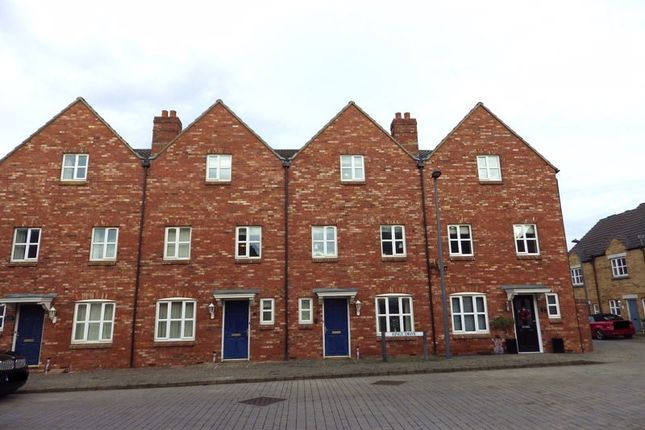 Thumbnail Town house for sale in Kings Drive, Stoke Gifford, Bristol