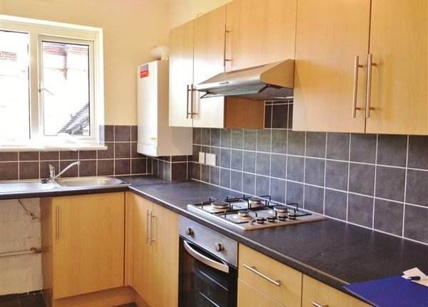 Thumbnail Flat to rent in Laurel Bank, Finchley Park, London