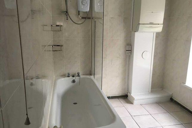 Bathroom of Wood Road, Treforest, Pontypridd CF37