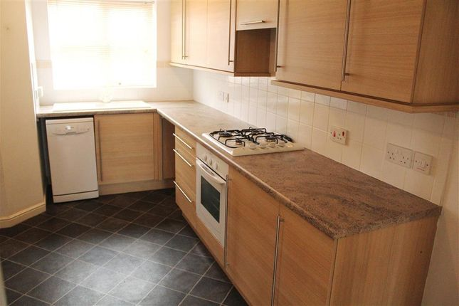 Thumbnail Property to rent in Greyfriars Close, Scunthorpe