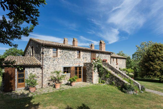 Thumbnail Farmhouse for sale in Orvieto, Orvieto, Terni, Umbria, Italy