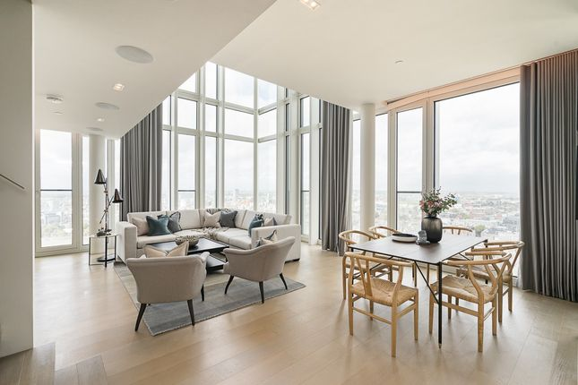 Thumbnail Flat to rent in South Bank Tower, Upper Ground, Southbank, London