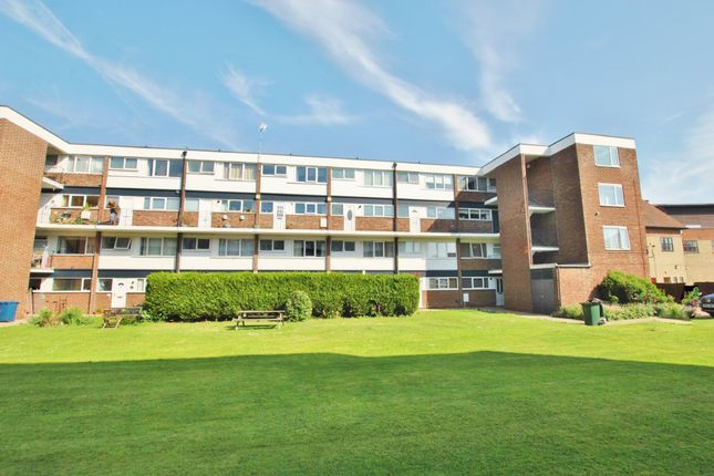 1 bed flat to rent in The Poplars, West Bridgford NG2