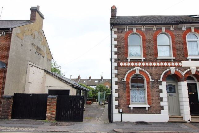 Thumbnail Property to rent in Victoria Street, Dunstable