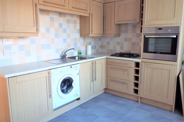 Kitchen of Coldstream Gardens, Wallsend NE28