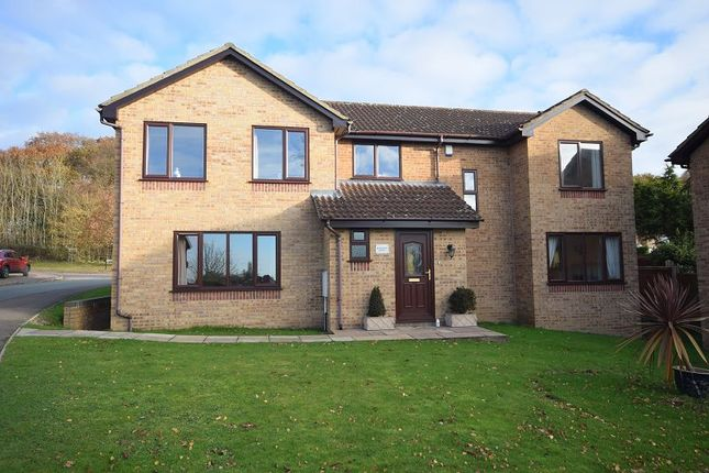 5 bed detached house for sale in Silverburn Drive, Oakwood