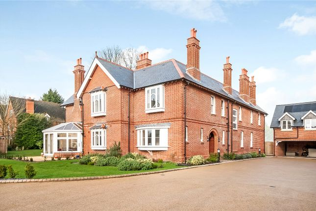 2 bed flat to rent in Voysey Court, Park Road, Winchester, Hampshire SO23