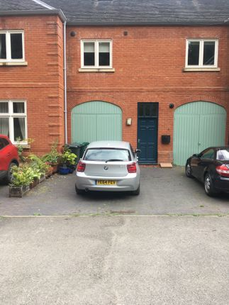 Thumbnail Mews house to rent in Park Row, Burton-On-Trent