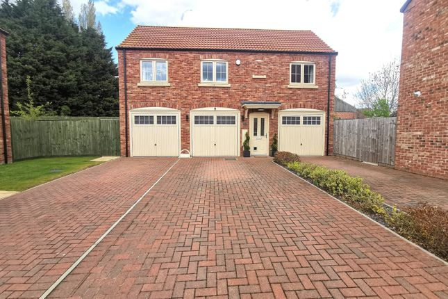 2 bed detached house for sale in Chapter Close, Lincoln, Lincolnshire LN6